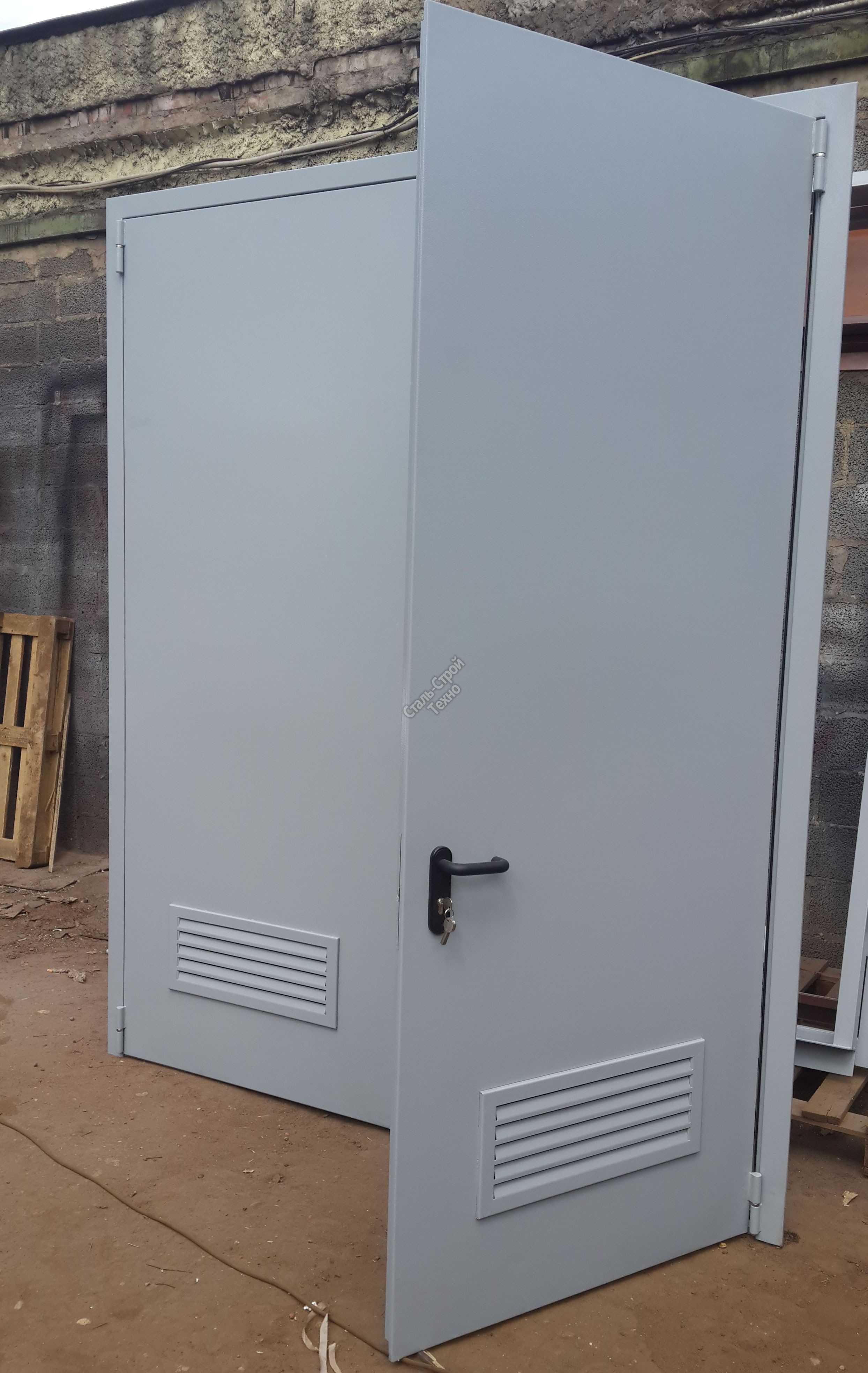 нужна ли железная дверь в электрощитовой
